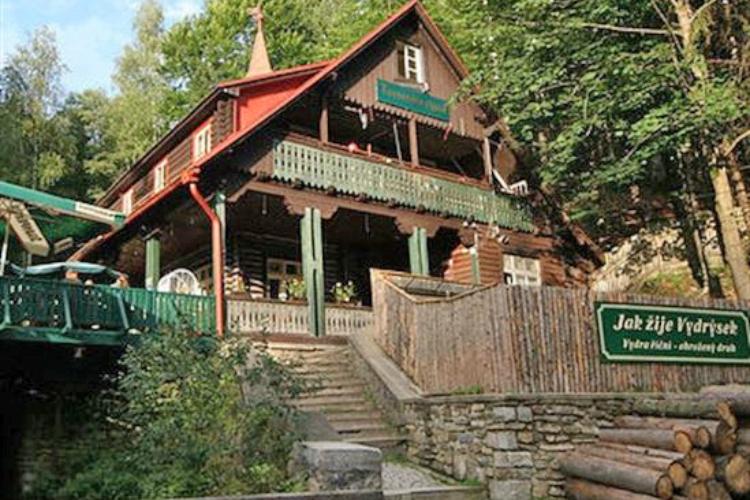 Turnerova chata slouží turistům už desítky let